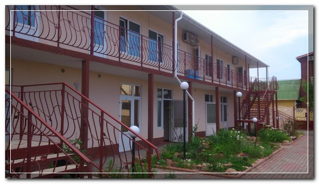 Ласточка гостиница, Феодосия